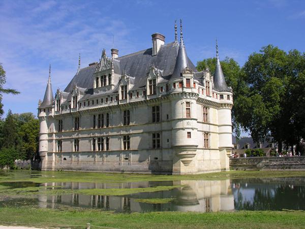 Château d\'Azay-le-Rideau - Visitez les châteaux de Touraine entre ...